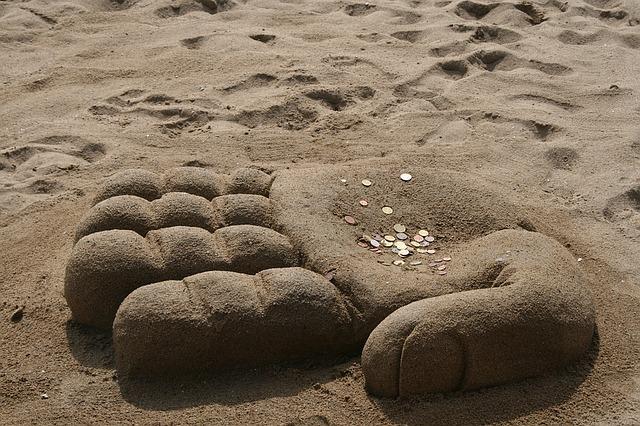 beach-1532120_640